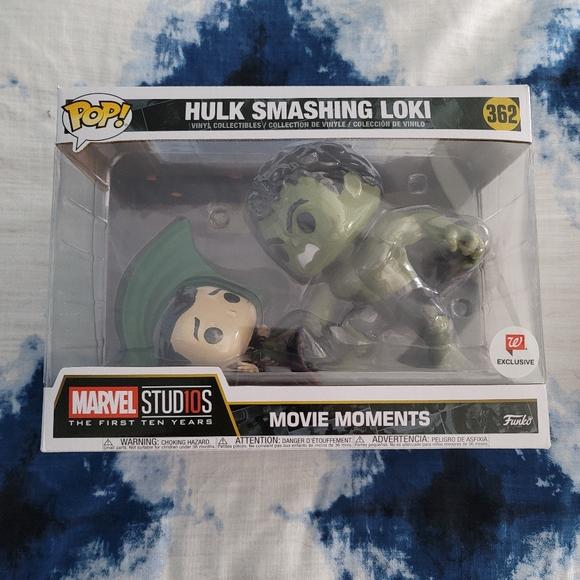 Marvel Funko Pop Hulk Smashing Loki